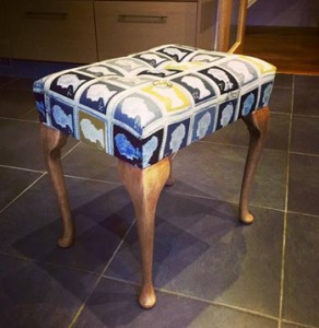 Dressing table stool in stamp fabric
